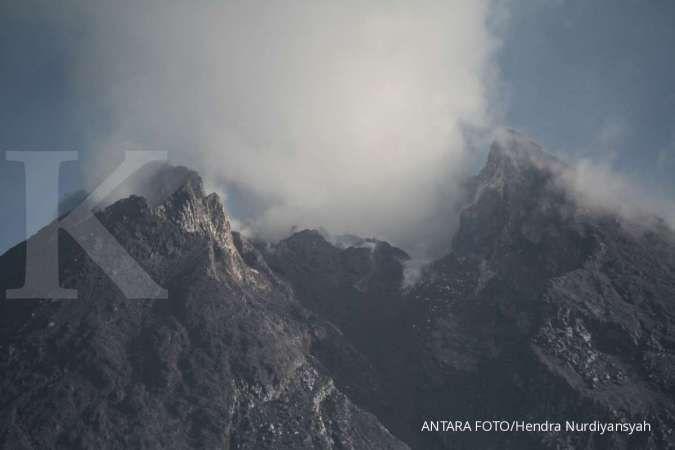 Gunung Merapi kembali meletus Jumat pagi, tinggi kolom mencapai 3.000 meter
