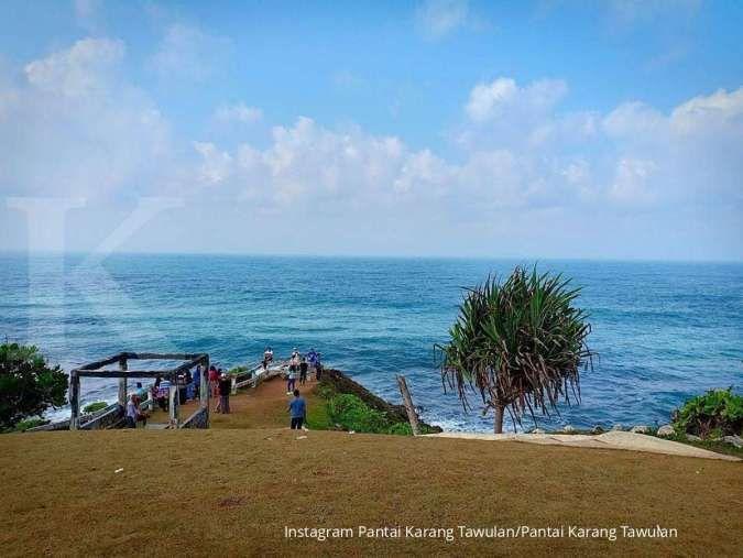 Pantai Karang Tawulan, rekomendasi tujuan wisata bahari di Tasikmalaya