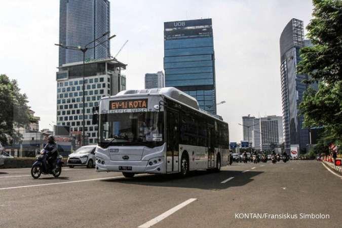 Catat! PPKM berlaku mulai hari ini, Transjakarta beroperasi hingga pukul 20.00 WIB