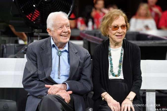 Mantan Presiden AS Jimmy Carter tidak akan hadir saat pelantikan Joe Biden