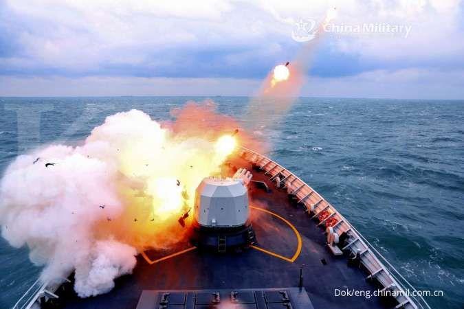 Kapal perusak canggih China terbaru Type 052DL ikut latihan, begini kemampuannya