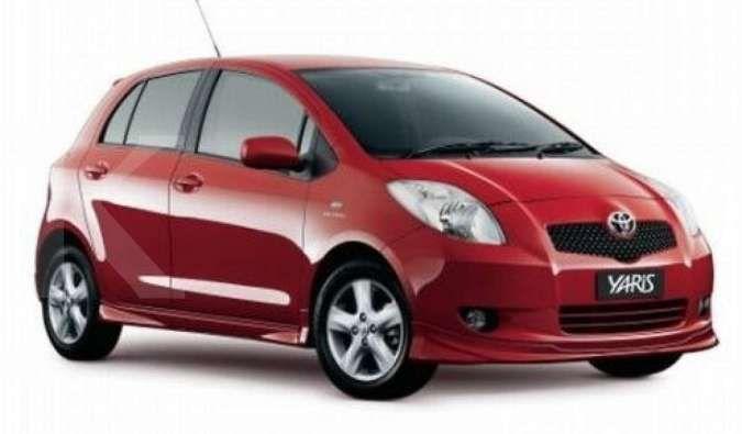 Makin terjangkau, simak harga mobil bekas Toyota Yaris rilisan tahun ini