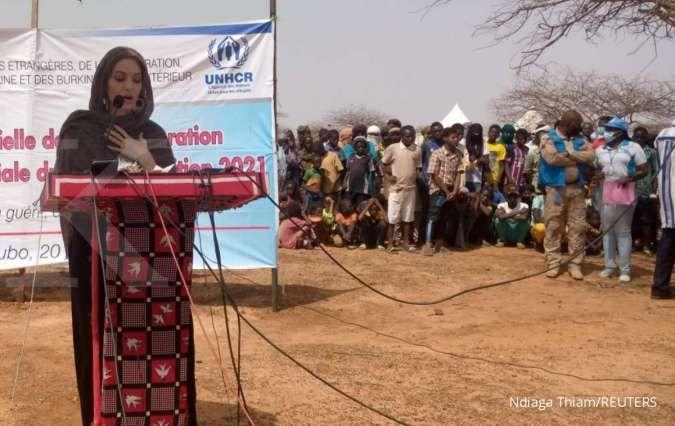 Jadi utusan khusus PBB, aktris Angelina Jolie blusukan ke Burkina Faso