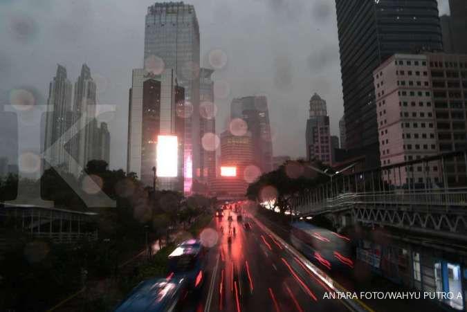 Cuaca hari ini di Jabodetabek hujan turun merata, mulai ringan hingga petir