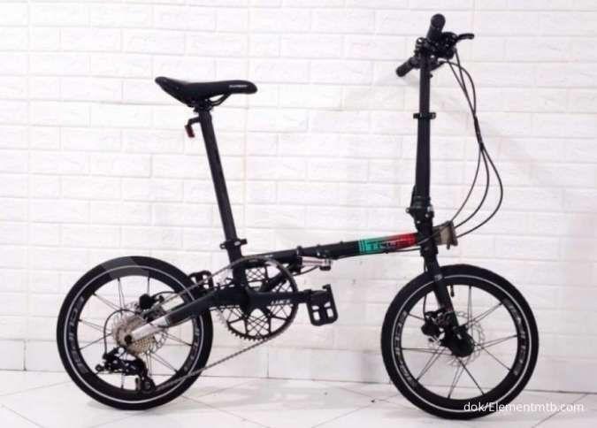 Diskon belum selesai! Harga sepeda lipat Element Troy X 9SP Black tak lagi mahal