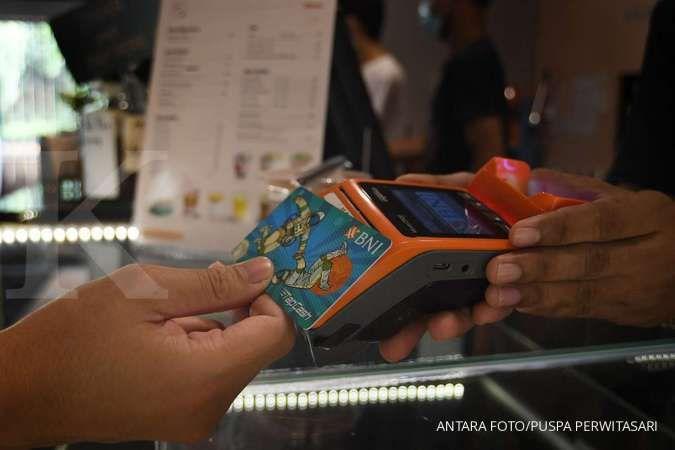 Pandemi belum berakhir, transaksi uang elektronik kartu masih turun saat Lebaran
