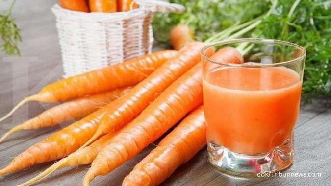 Mengonsumsi wortel secara rutin bisa jadi obat pelancar haid.
