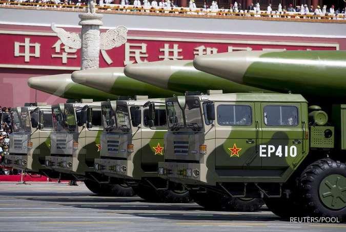 China gelar latihan militer di Laut China Selatan, pembunuh kapal induk muncul lagi?