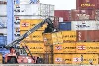 Daya Saing Rendah dan Aturan Tidak Konsisten Kontradiktif Dengan Seruan Benci Impor