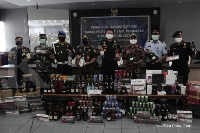 Bea Cukai musnahkan barang impor senilai Rp 500 juta