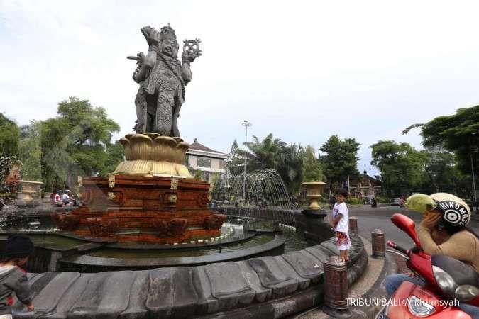 Cuaca besok di Jawa dan Bali: Bandung hujan sedang, Denpasar cerah berawan