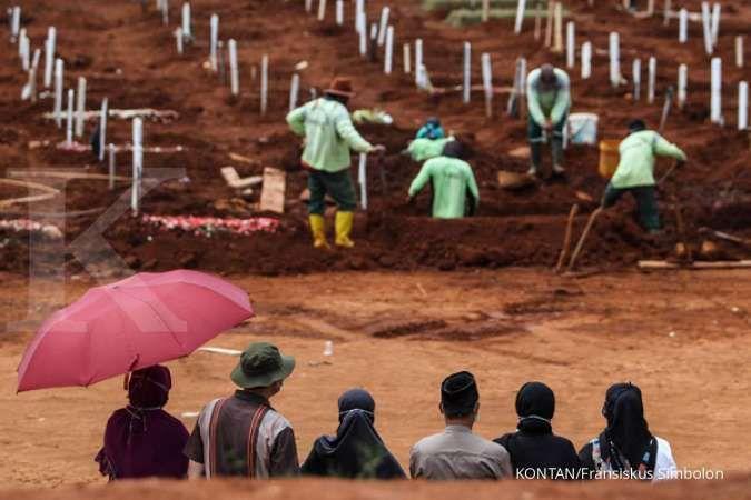 Sedih, 693 jenazah dimakamkan dengan protokol Covid-19 selama dua pekan di Jakarta