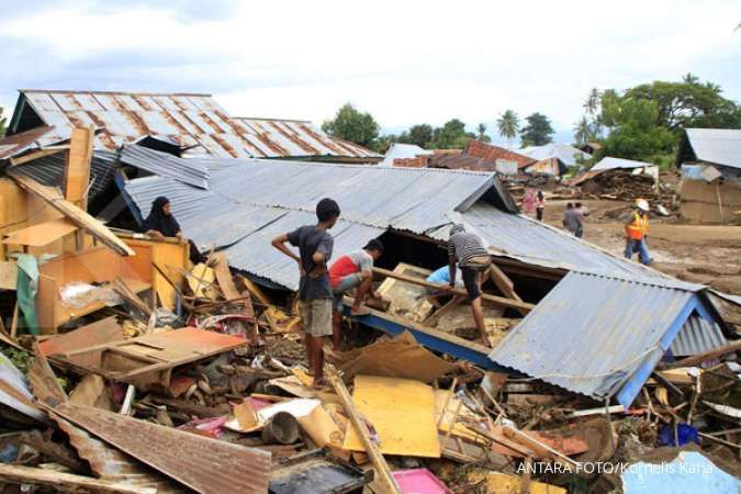 Rescuers hunt for survivors after cyclone kills 119 in Indonesia