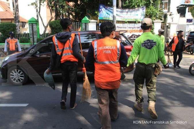 Satpol PP DKI razia 37.883 warga yang tak pakai masker, denda capai Rp 570 juta