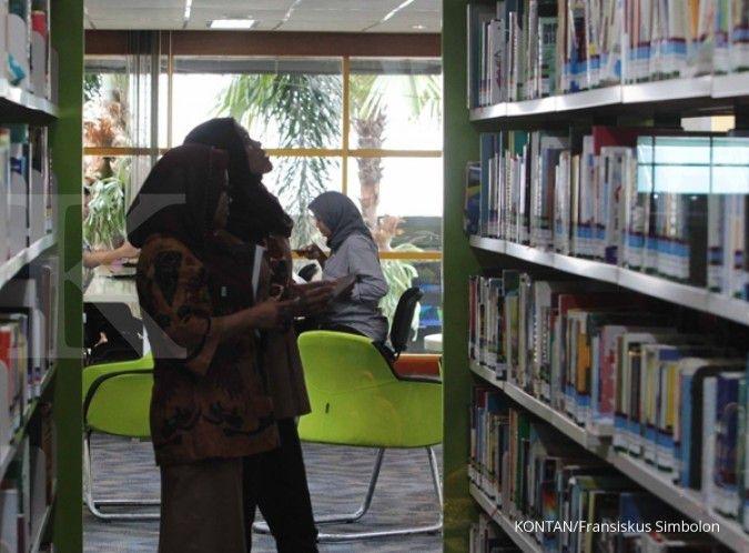 Membiasakan diri untuk baca buku akan memberikan banyak manfaat. KONTAN/Fransiskus Simbolon/07/03/2017