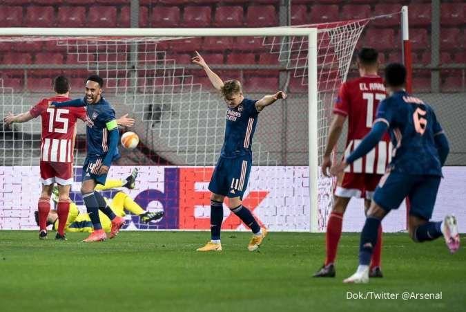 Olympiakos Vs Arsenal Unggul 1 3 The Gunners Sukses Balaskan Dendam Musim Lalu