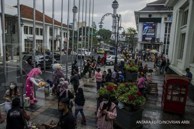 Cuaca besok di Jawa dan Bali: Bandung cerah berawan, Yogyakarta hujan ringan