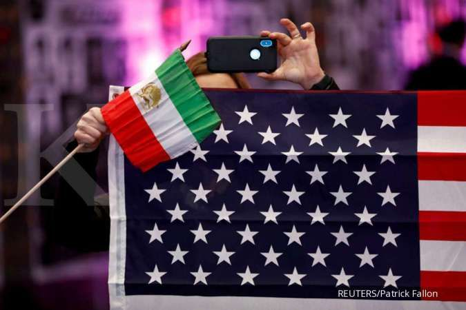 U.S. sanctions Iranians over alleged plot to kidnap NY-based journalist