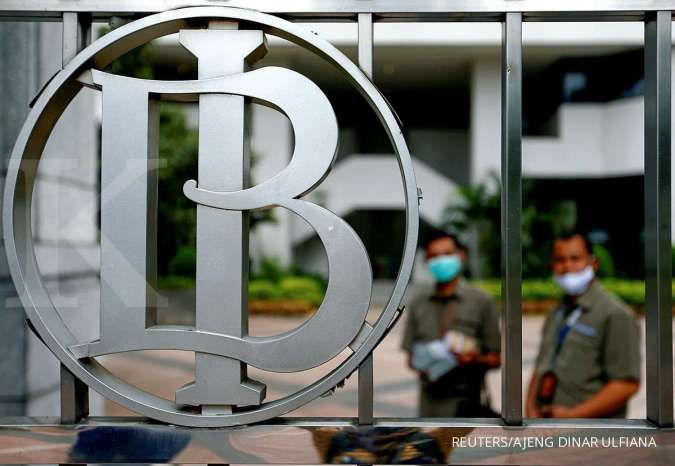 Bank Indonesia's logo is seen at Bank Indonesia headquarters in Jakarta, Indonesia, September 2, 2020. REUTERS/Ajeng Dinar Ulfiana