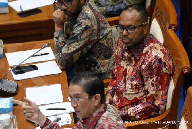Tony Wenas kenalkan Claus Wamafma, direktur Freeport asli Papua ke Komisi VII DPR