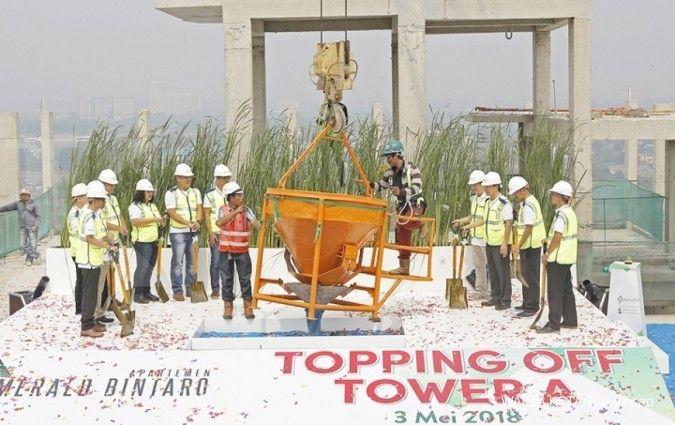 Jaya Real Property (JRPT) topping off Apartemen Emerald Tower B
