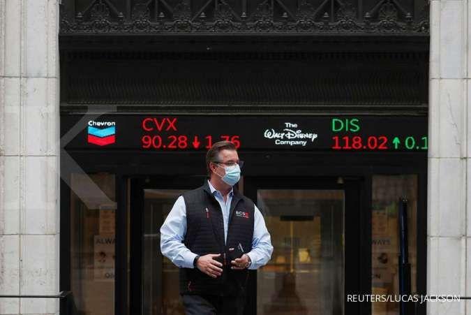 Wall Street melorot, Trump akan mengumumkan respons terhadap China hari ini