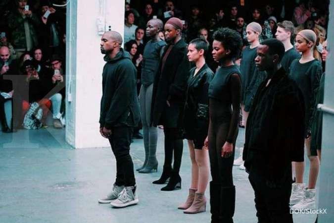 Bisnis hiburan dan merek fesyen Kanye West dapat pinjaman agar tak pecat pegawai