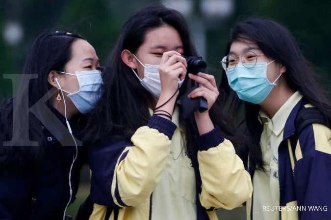 Jerawatan karena sering pakai masker? Simak tips pencegahannya berikut ini