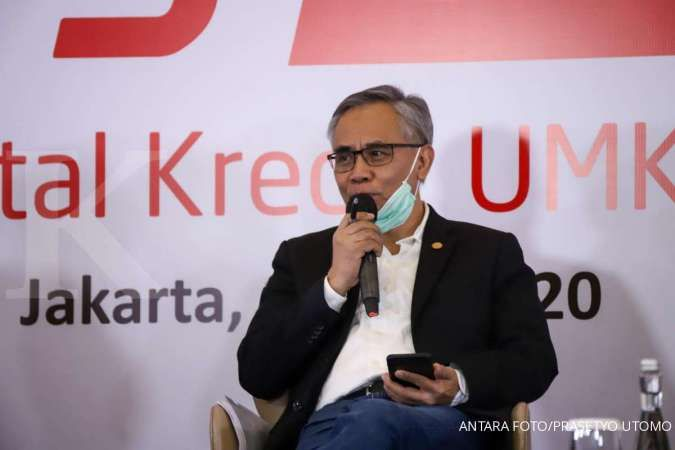 Ketua Dewan Komisioner OJK Wimboh Santoso memberikan sambutan saat peluncuran Digital Kredit UMKM yang diselenggarakan oleh HIMBARA dan eCommerce di Jakarta, Jumat (17/7/2020). OJK dalam kebijakannya sangat mendukung pengembangan UMKM termasuk dalam masa