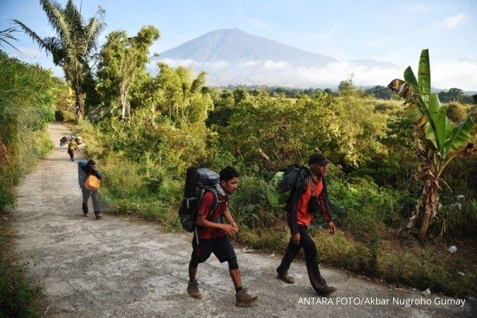 Gunung Rinjani kembali dibuka untuk pendaki, simak aturan dan harga tiketnya
