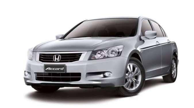 Harga mobil bekas Honda Accord generasi ini murah meriah, intip fitur lengkapnya