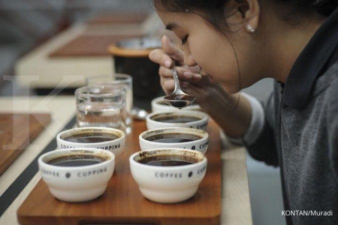 Ilustrasi. Minum kopi bisa memicu naiknya kadar kolesterol dalam tubuh.