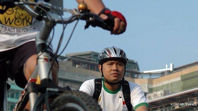 Kabar gembira, kini pesepeda bike to work boleh melintas di jalan Sudirman-Thamrin