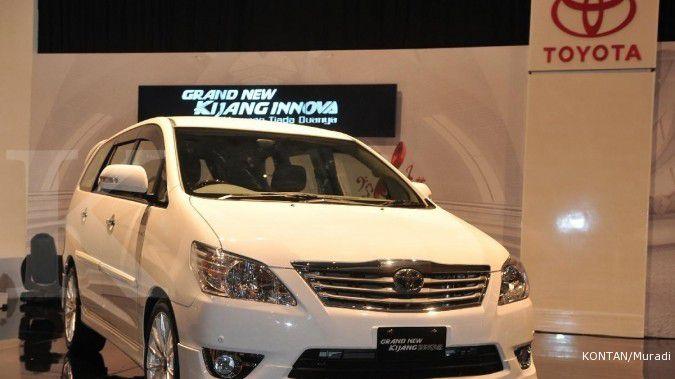 Cari harga mobil Innova bensin bekas di bawah Rp 280 juta? Silakan cek disini