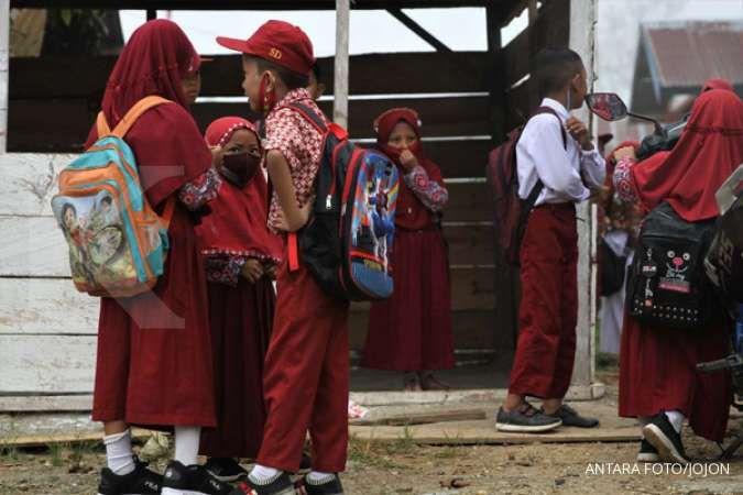 Uji coba KBM tatap muka DKI Jakarta: Hanya 2 jam di sekolah, maksimal 16 siswa