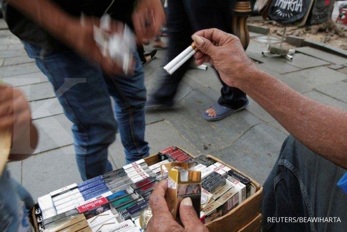 Tertekan sentimen negatif, ini rekomendasi analis terhadap saham emiten rokok