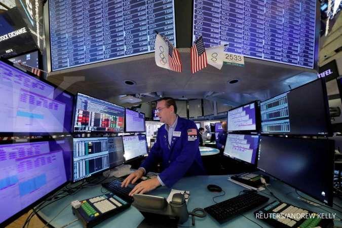 Wall Street jatuh mengawali pekan ini, mata tertuju ke pertemuan The Fed