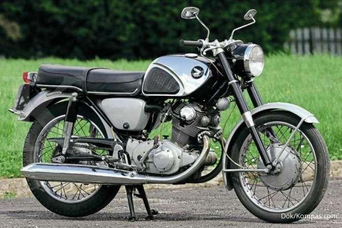 Mengenal Honda CB72 super hawk yang legendaris
