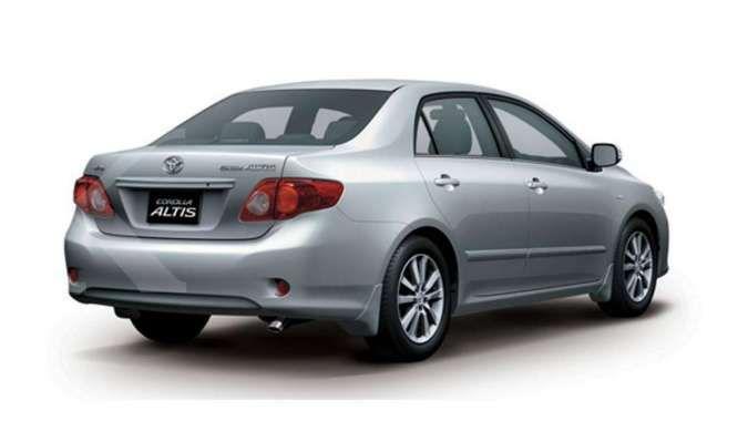 Harga mobil bekas Toyota Corolla Altis