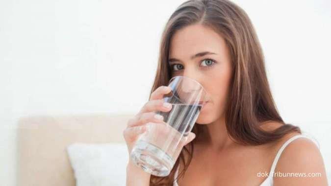 8 Tanda tubuh Anda minum air putih terlalu banyak