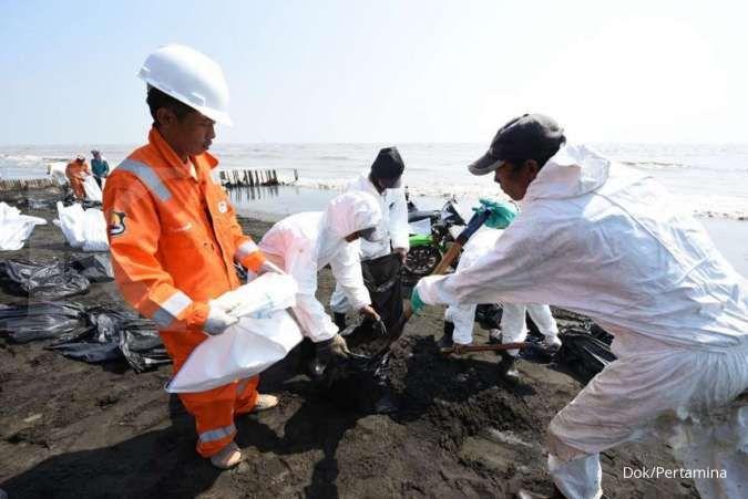 Tangani tumpahan minyak di darat, Pertamina tambah oil boom
