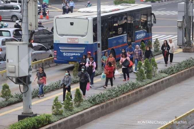 Malam tahun baru, Transjakarta beroperasi hingga pukul 20.00 WIB