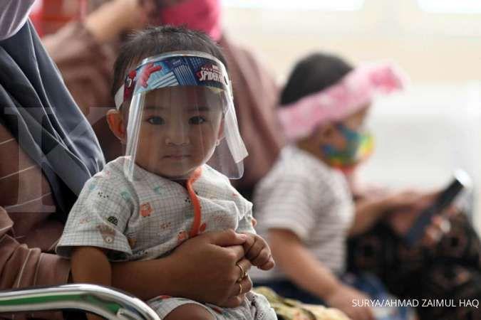 Meski ada pandemi Covid-19, imunisasi rutin ke anak tetap harus dilakukan