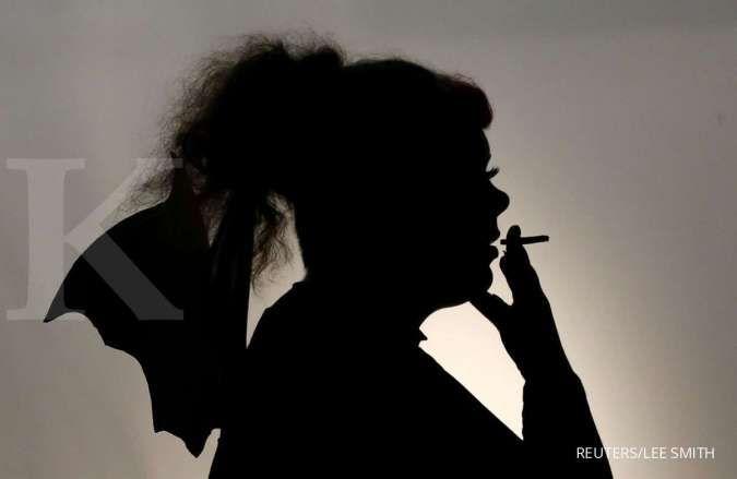 Kebiasaan merokok bisa memperparah infeksi virus corona