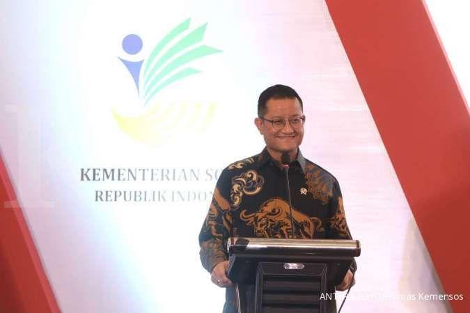 Mensos Juliari P Batubara menyampaikan sambutan saat peluncuran aplikasi sistem penerimaan dana bantuan sosial untuk negeri (sinergi)