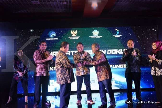 Indonesia signs contract for multifunction satellite