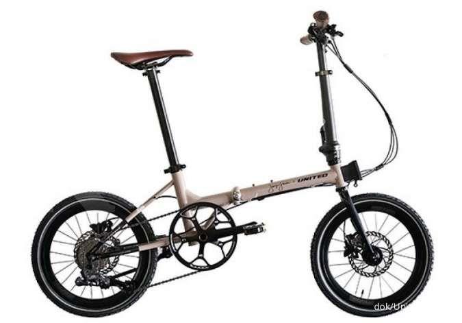 Tak lagi mahal, ini harga sepeda lipat United Black Horse X Janji Jiwa terkini