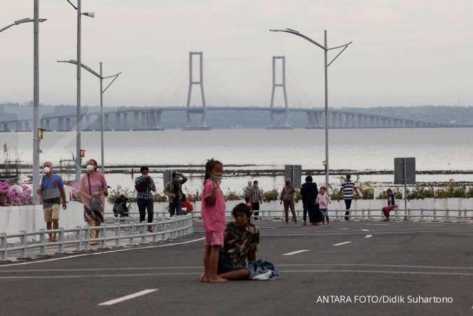Cuaca besok di Jawa dan Bali: Bandung hujan ringan, Surabaya cerah berawan