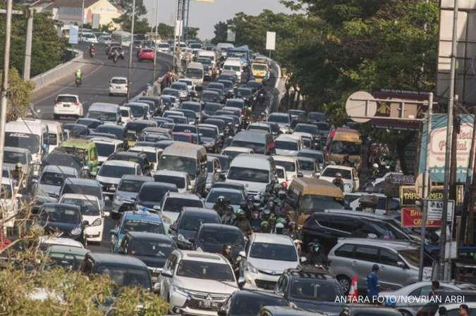Perhatian, jalur Lembang Bandung terpantau macet parah