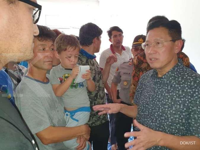 Bos Lippo James Riady kunjungi para pengungsi migran pencari suaka